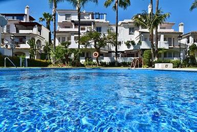Apartamentos y Casas Serinamar Marbella